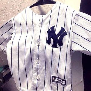 Majestic Shirts   Tops - Majestic New York Yankees Derek Jeter  2 Size 12M c432f4d4c